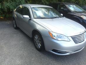 2012 Chrysler 200 Jackson TN 28 - Photo #1